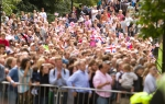 Thousands of people crowded Hyde Park to watch the men's Olympic Triathlon on Tuesday, Aug. 7, 2012 in London. (Anthony L. Solis/Santa Cruz Sentinel)